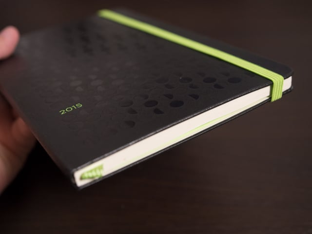 PC230383